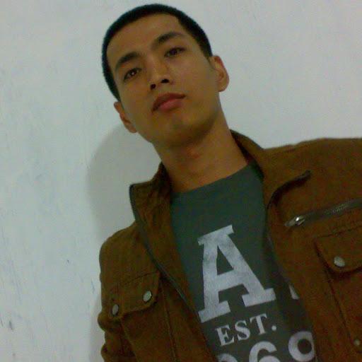 Emil Mendoza Photo 27