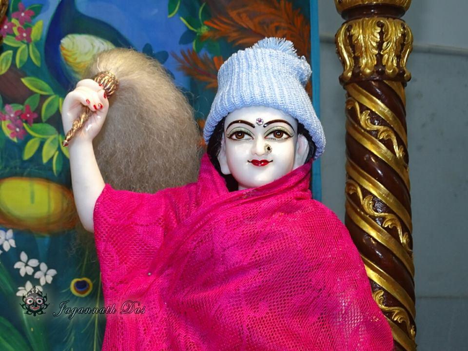ISKCON Mira Road Mangla Deity Darshan 18 Dec 2015 (8)