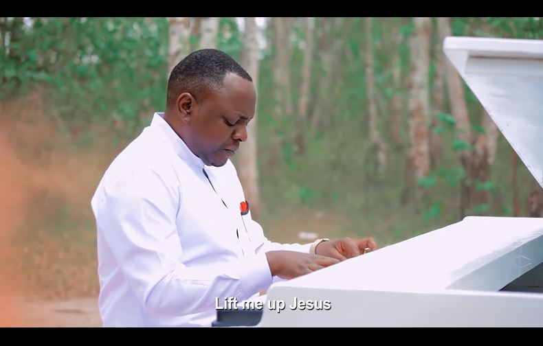 VIDEO   Christopher Mwahangila - UNIINUE   Mp4 Download
