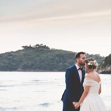 Wedding photographer Emanuele Guadagno (inbiancoenero). Photo of 19.04.2017