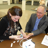 Spotkanie medyczne z Dr. Elizabeth Mikrut przy kawie i pączkach. Zdjęcia B. Kołodyński - SDC13658.JPG
