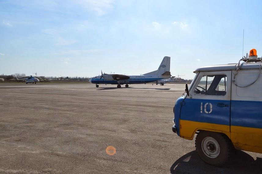 Мі-8 МНС України, Ан-24РВ Мотор-Січ UR-BXC,Raytheon 390 Premier 1A UR-USA