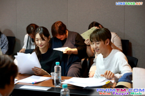 """Sau """"Train To Busan"""", Gong Yoo tấn công màn ảnh nhỏ cùng Kim Go Eun - Ảnh 15."""