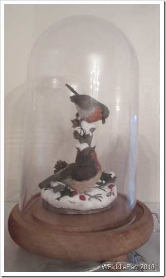 Domed Robin ornament