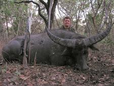 water-buffalo-hunting-safaris-8.jpg