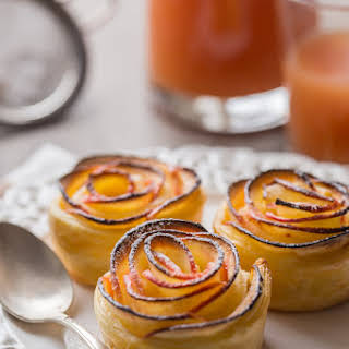 Apples & Puff pastry Roses.