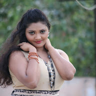 Vasavi Reddy Latest Stills