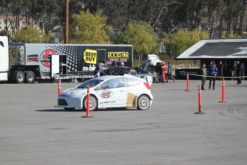 Geoff in Supercar Lite on front straight