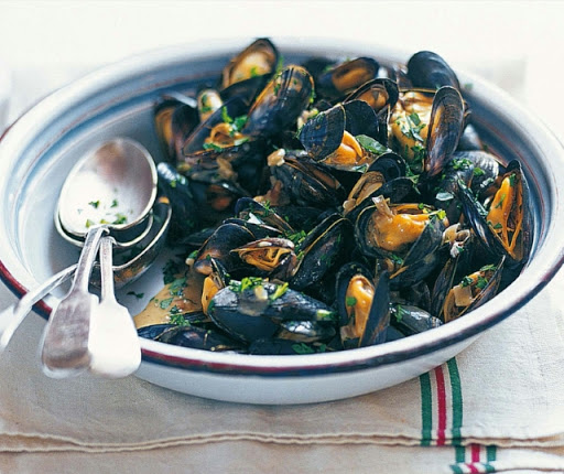 Creamy spiced mussels