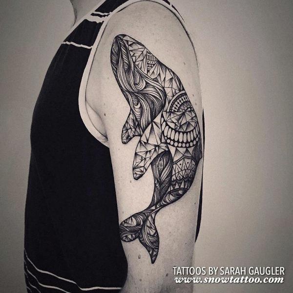 esta_intrincada_baleia_tatuagem