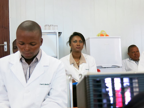 Haut-Lomami: les médecins veulent désormais être payés via la banque