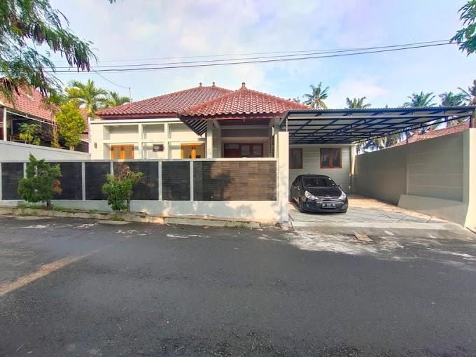Rumah Baru Luxury Modern Tanah Halaman Luas Seputar Jl. Kaliurang Km. 11