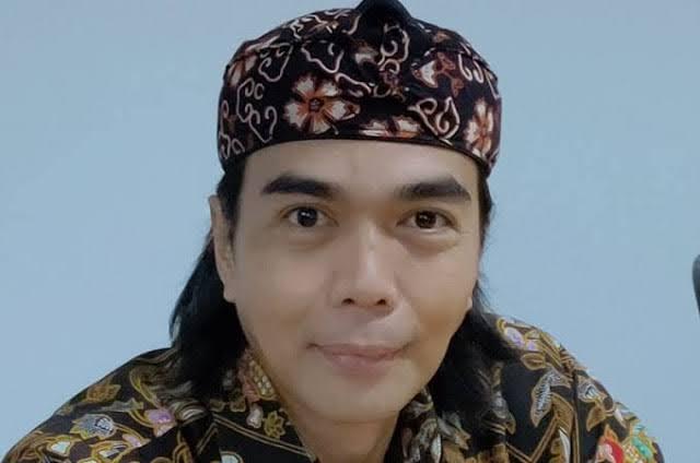 Jokowi Minta Masyarakat Mengkritik, Gde Siriana: Bebaskan Pengkritik Yang Ditangkap!