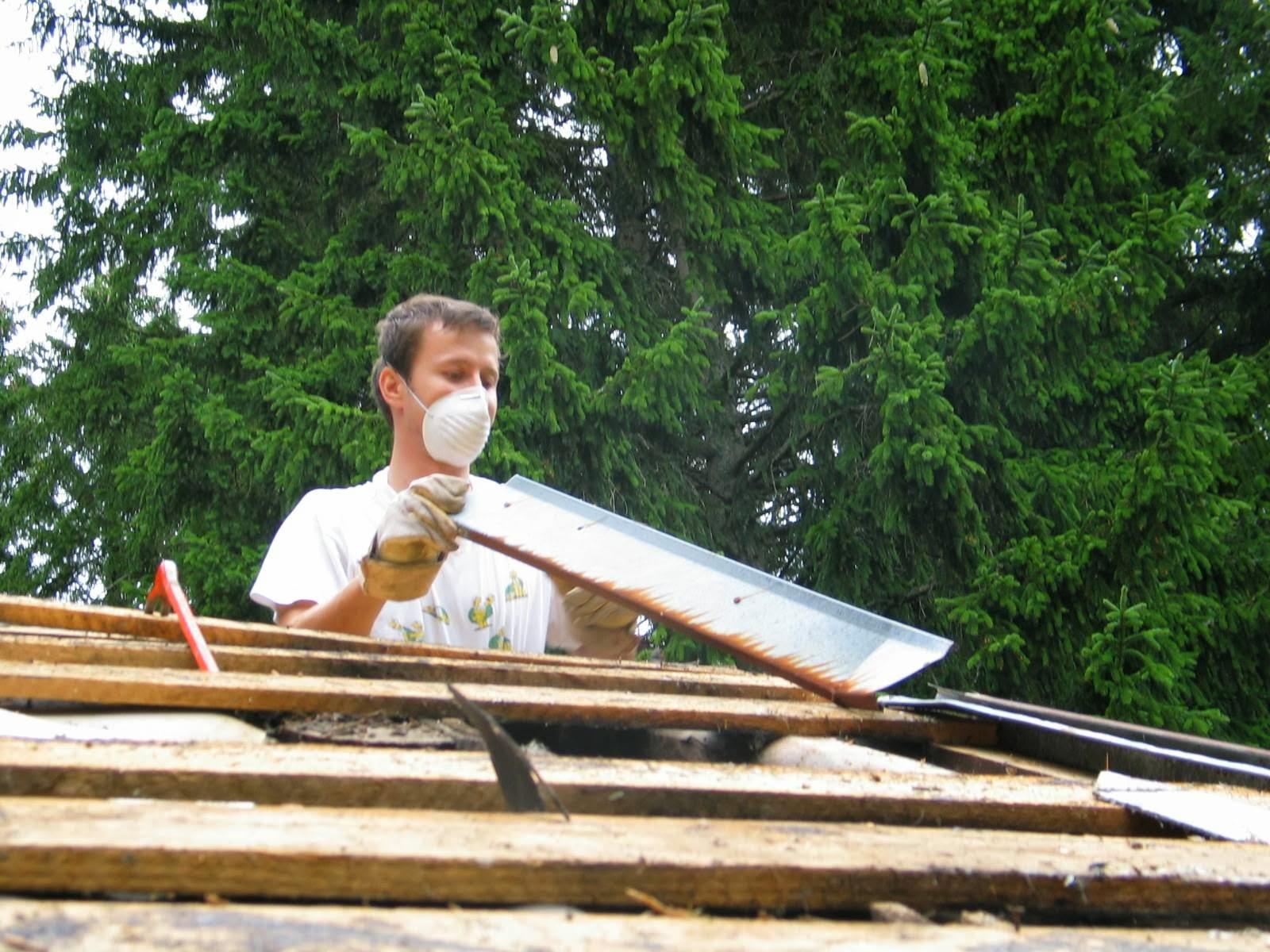 Delovna akcija - Streha, Črni dol 2006 - streha%2B072.jpg