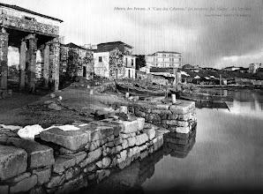 """Photo: Ribeira dos Peiraos. A """"Casa das Columnas"""" foi sanatorio dos """"Gafos""""."""