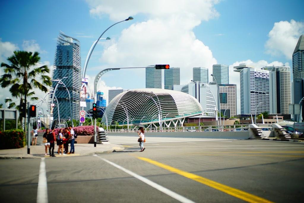 walk around Singapore CBD