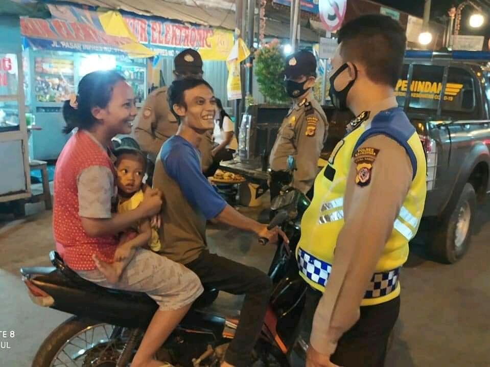 Polsek Kadipaten Polres Majalengka Polda Jabar Gencar Melakukan Operasi Yustisi di Malam Hari