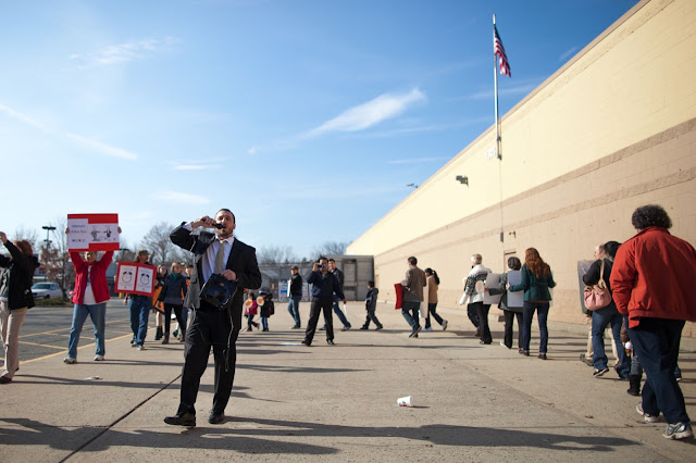 NL- WM action Black Friday (hi res fotos gracias Steve Mcfarland, cpd) - 1123Walmart_2680.jpg