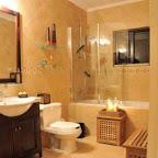 Villa - Bathroom 1.jpg