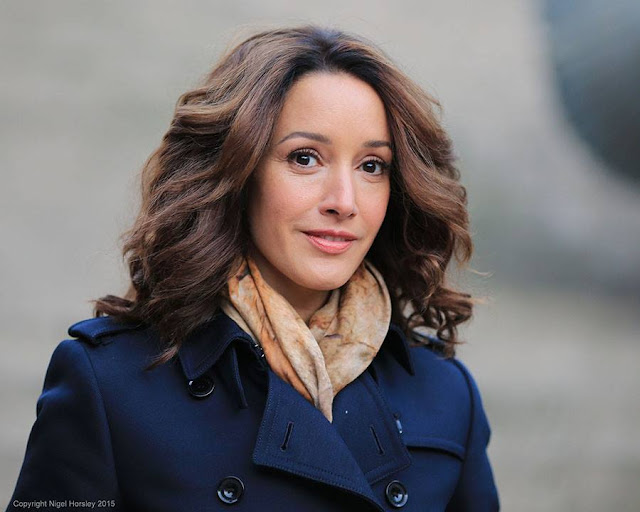 Jennifer Beals  Dp Images, Display pics collection for whatsapp, Facebook, Instagram, Pinterest, Hi5.