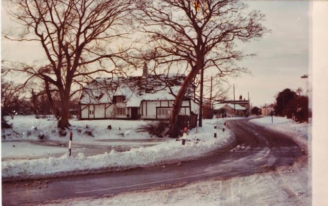Woodhurst In The Snow - December 1981 - Scan10013.jpg