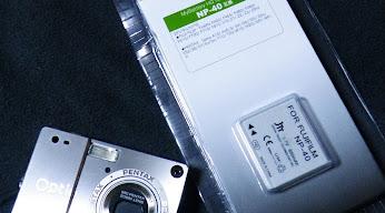 Optio S と互換バッテリ