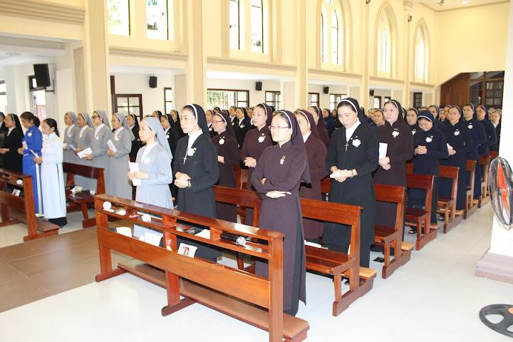 Thánh lễ bế giảng lớp thần học liên tu sĩ tại Tòa Giám Mục Nha Trang 31.7.2015
