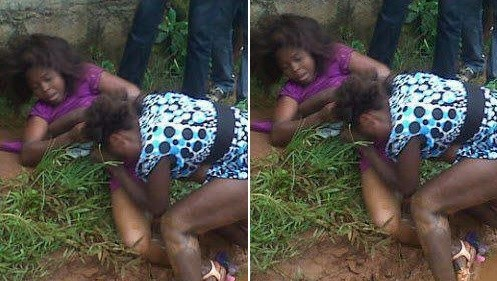 Two Women Arrested For Publicly Fighting Over Man For $ex in Lagos