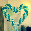 5ft free standing balloon heart sculpture for weddings and engagements