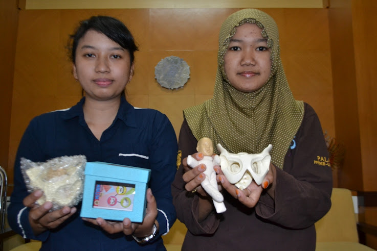 Mahasiswa UGM Ciptakan Replika Tulang Panggul Wanita