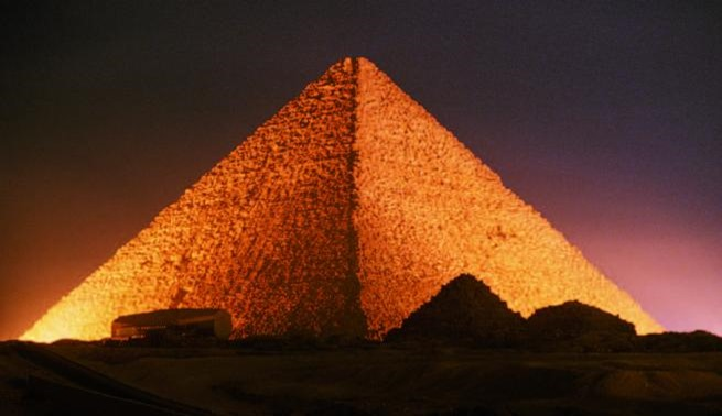Resultado de imagem para A Grande Pirâmide de Gizé é a derradeira prova