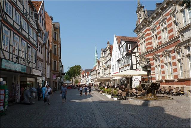 Paseando por la Osterstraß de Hamelín (Hameln)
