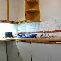 Room 32-kitchen2