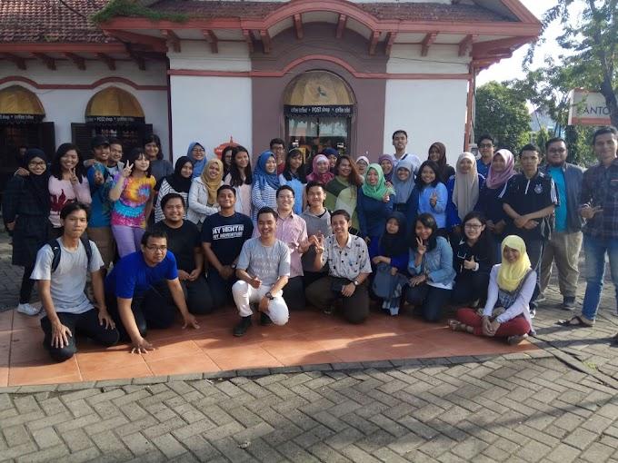 Lancar Berbahasa Asing Lewat Komunitas Polyglot Surabaya