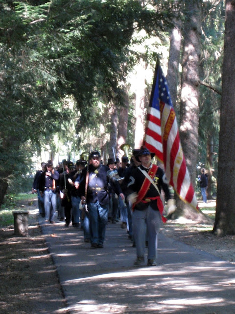 5th MI Regimental Band marches the troops to Hayes gravesite