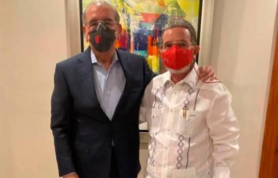 """Amable visita a su """"amigo personal"""" Danilo Medina"""