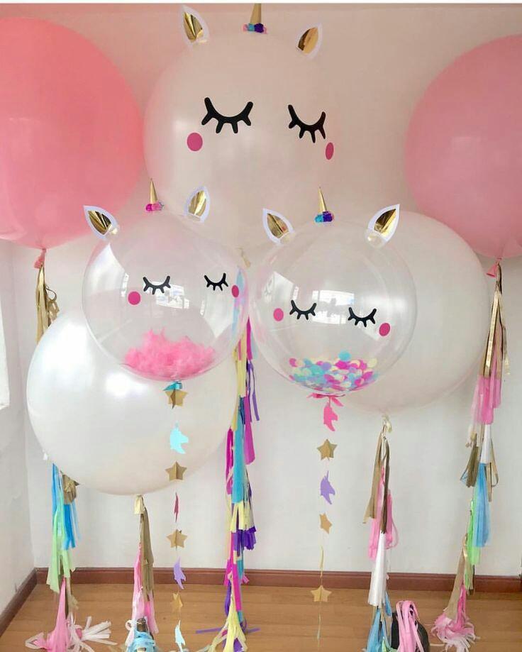 Ideas con globos para una fiesta con tema de unicornio for Para adornar fotos