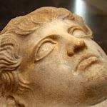 Phénicie (nécropole de Sidon ?) - Sarcophage anthropoïde (marbre, 2e moitié du Ve siècle av. J.-C.)