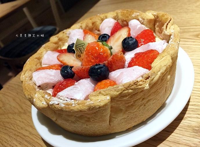 17 PABLO 東京表參道 草莓大福起司塔 迷你起司塔