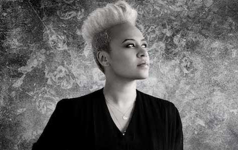 Emeli Sandé, blanco y negro