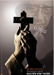 Theo vết Chúa Giêsu Kitô ôm ấp Thập Giá - Mario Toso