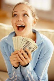 mujer-cuerpo-cara-billetes-dinero