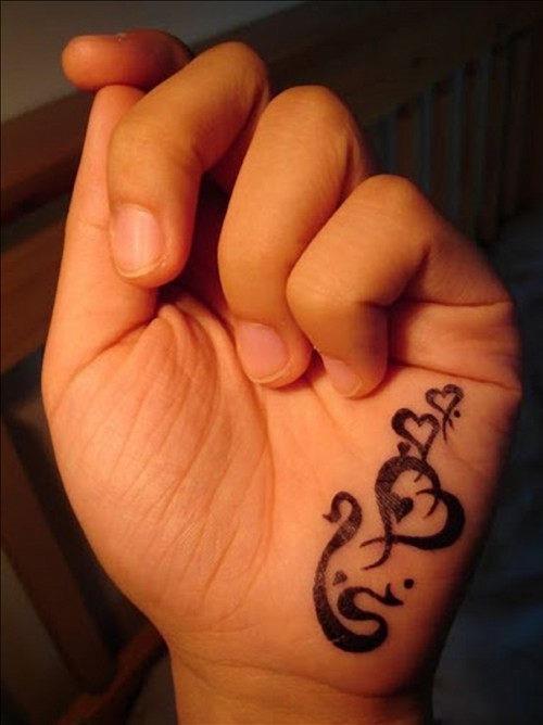 mao_tatuagens_mais_legais_projetos_do_tattoo_6