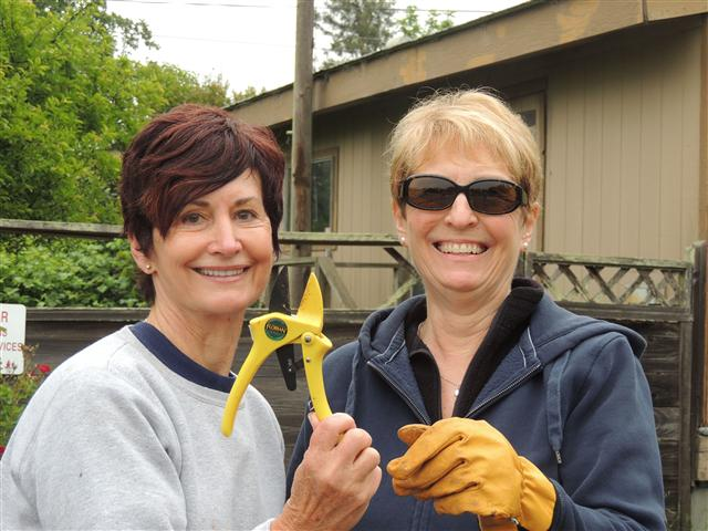 Hands on at New Directions School April 27, 2013 - Rebuilding%2BNew%2BDirections%2BSchool20130427_0019.JPG