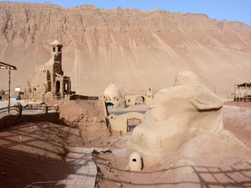 XINJIANG.  Turpan. Ancient city of Jiaohe, Flaming Mountains, Karez, Bezelik Thousand Budda caves - P1270965.JPG