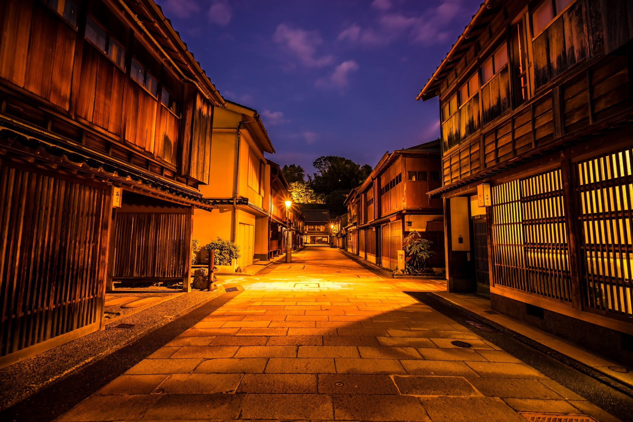 Kanazawa Higashi Chaya District Light-up1