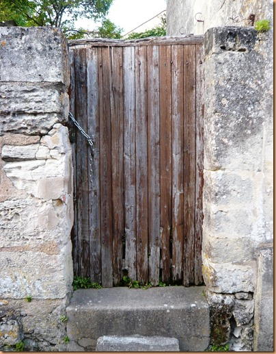 St Emilion doors and windows4