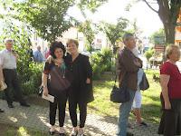 Szili Katalin a szoborparkban az emlékezők között.jpg
