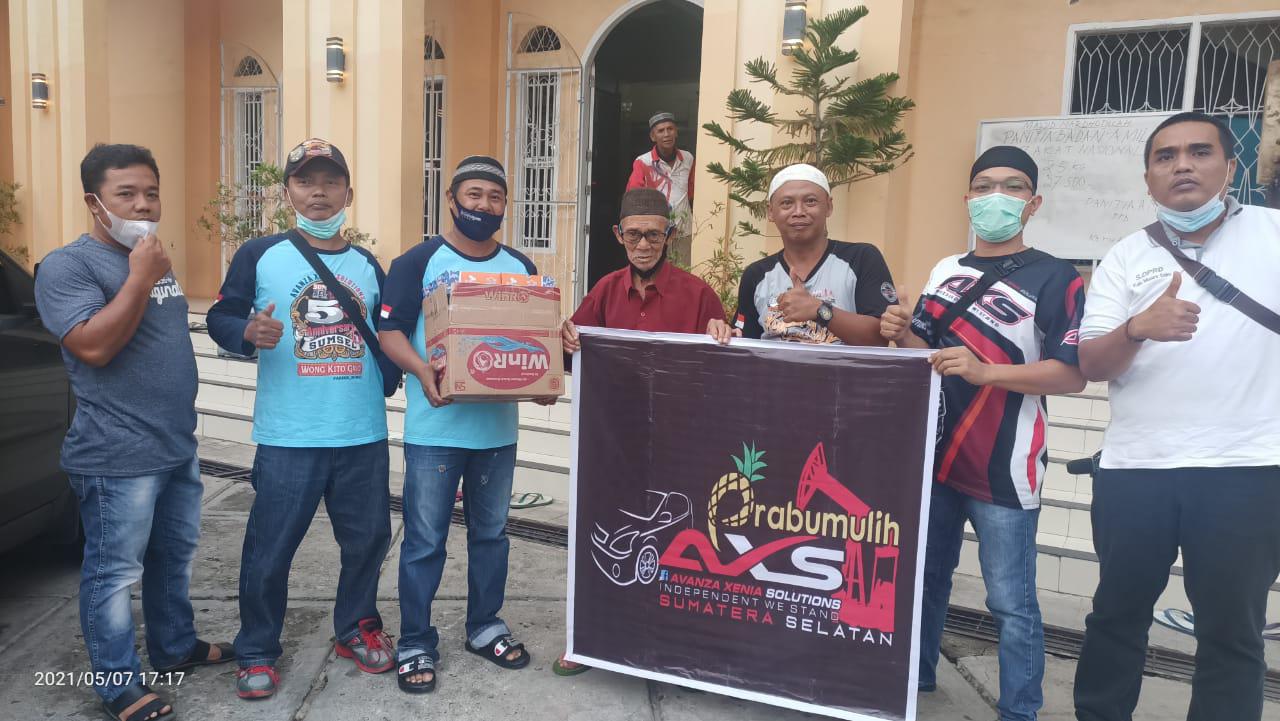 AXS Kota Prabumulih Berbagi Takjil Gratis