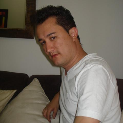 Carlos Idarraga Photo 8